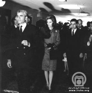 محمدرضا پهلوی-فرح-قطبی